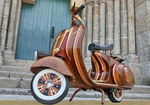 Wooden-vespa-1